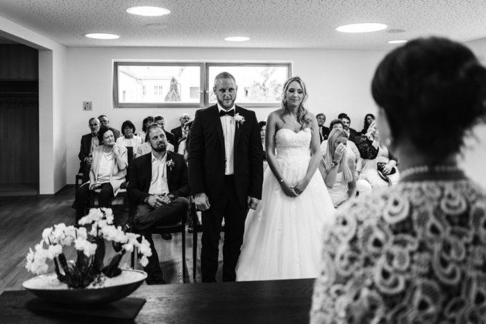 Anna Stefan Im Landgasthof Almhof Bei Neumarkt Hochzeitsmoment De